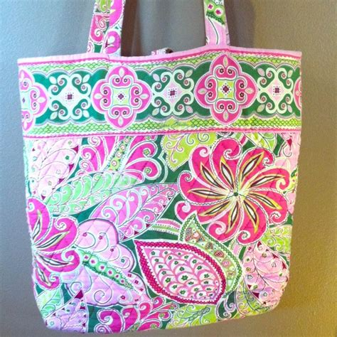 pink pattern vera bradley 63 off vera bradley handbags pink green white vera