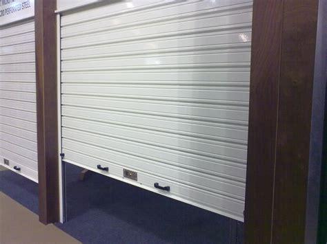 garage rideau volet roulant metallique garage