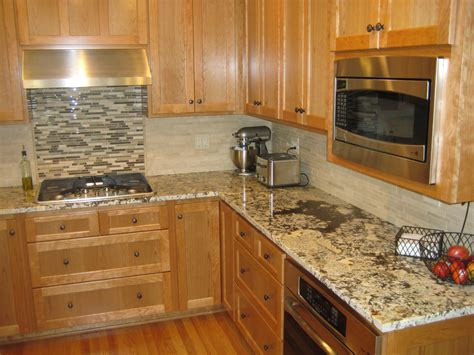 Kitchen Countertops And Backsplashes by Backsplash Ideas For Granite Countertops White Marble