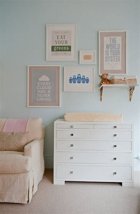 chambre bébé pastel peinture bleu chambre fille
