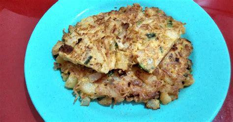 resep telur dadar kentangmie oleh maria crishtabella