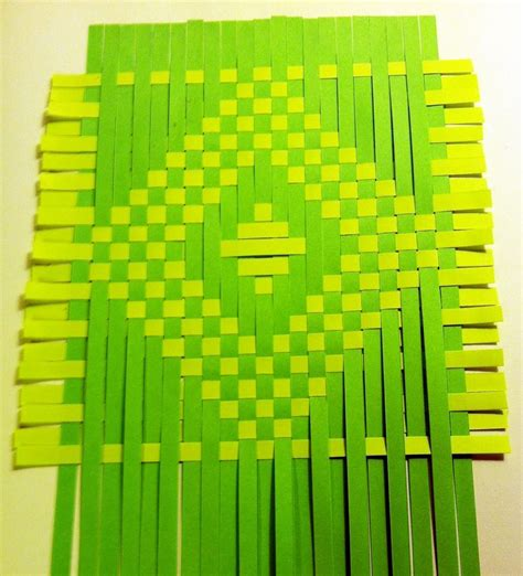 How To Make A Paper Weave - best 25 paper weaving ideas on fabric weaving