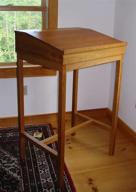 lote wood stand  desk woodworking plans
