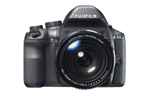 Kamera Fujifilm Zoom fujifilm lanserar kamera med kraftig zoom och r 246 jer planer