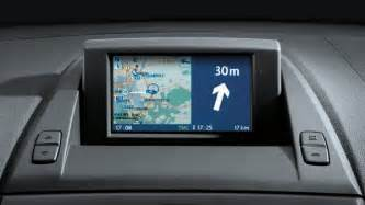 is it possible to install a navigation system on a 2004