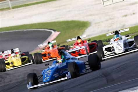 formula 4 isyraf formula 4 sea to carry malaysian f1 grand prix legacy