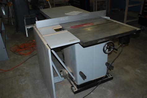 Delta Unisaw Table Saw by Delta Unisaw 0024 Jpg Of Delta Unisaw Professional Table Saw With Fence Outfeed