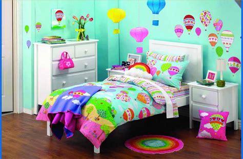 desain kamar tidur anak perempuan unik minimalis