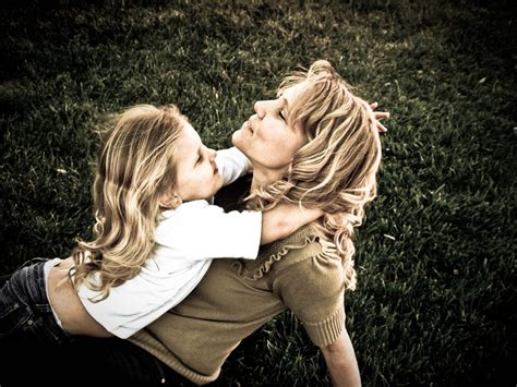 mother daughter remembering mom women s life link
