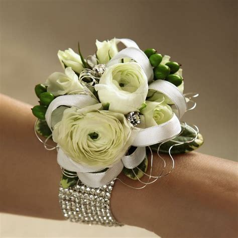 Hochzeit Corsage by Mixed White Flower Wrist Corsage Prom Corsages
