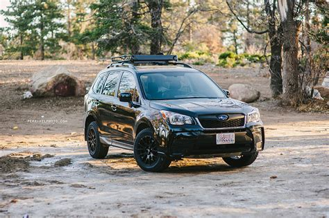 subaru forester road 2015 subaru forester road pexels
