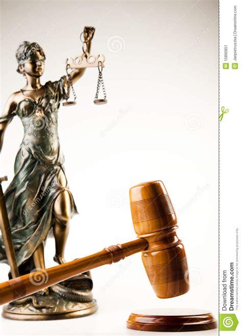 imagenes de mujer justicia estatua antigua de la justicia imagen de archivo imagen