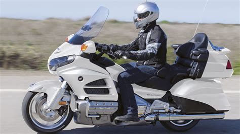 Suche Motorrad Enduro 250 Kubik by 220 Bersicht Gold Wing Tourer Modellpalette