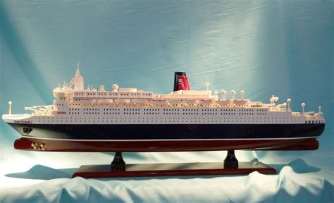 elizabeth ii ship elizabeth ii cruise ship model end 5 17 2017 7 15 pm