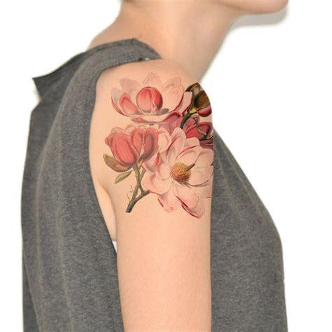 50 magnolia flower tattoos forearm sleeve tattoos les 25 meilleures id 233 es de la cat 233 gorie tatouage magnolia