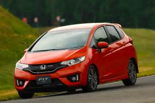 Honda Fit Rs 2015 Honda Fit Rs Front End In Motion Photo 22