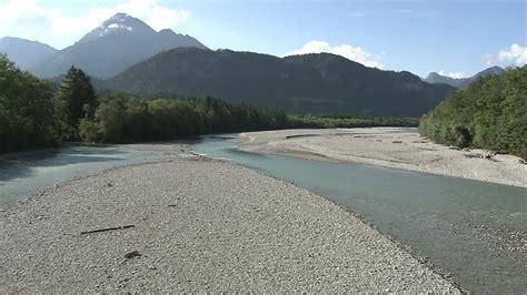 letto di fiume lech letto fiume algovia germania rm clip 758