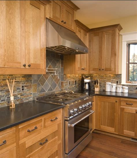Honey Oak Cabinets What Color Granite by Earthy Kitchen For The Home