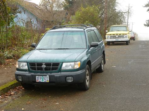 old subaru forester our curbside classic 2000 subaru forester the true cost