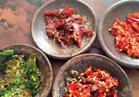 restaurants  jakarta  specialize  hot spicy