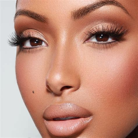 Eyeshadow For Skin for skin women2 make up lip and