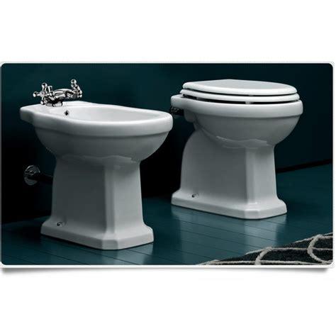 wc scarico a pavimento sanitari bagno bidet con water serie classica scarico a