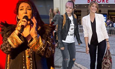 Kates Tv Comeback by Kate Bush S Comeback Tour At Hammersmith Apollo Daily