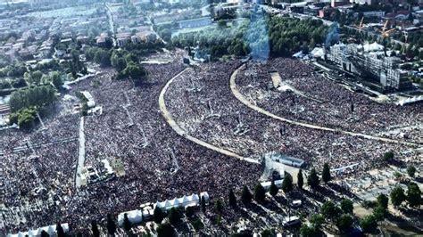 ultimo concerto vasco vasco modena park vista dall alto marea di fan