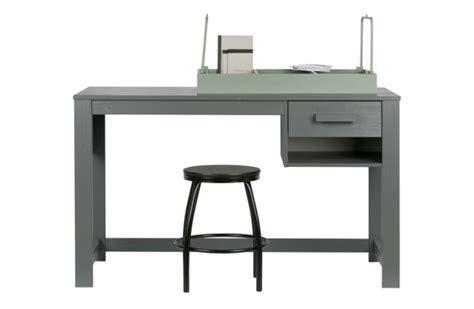 schreibtisch grau schreibtisch grau schreibtisch massivholz grau tisch