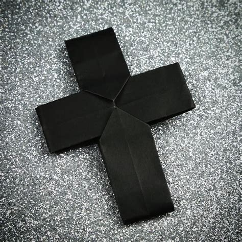 How To Make A Origami Cross - 1157 best origami images on