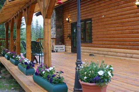 river mountain lodge front front porch picture of mt robson mountain river lodge