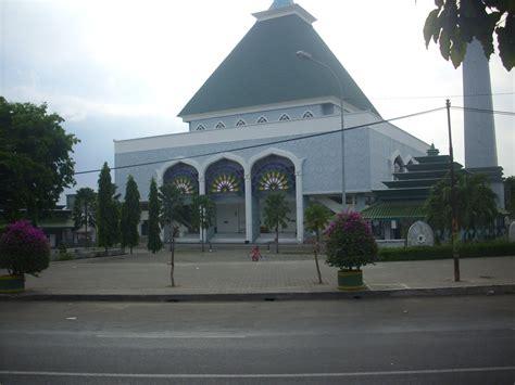 tenggo  blog masjid agung gresik jawa timur