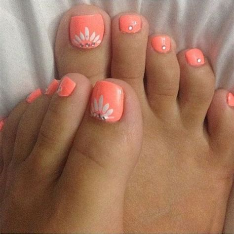 Toe Nail Ideas For Beginners 1000 ideas about painted toe nails on toe