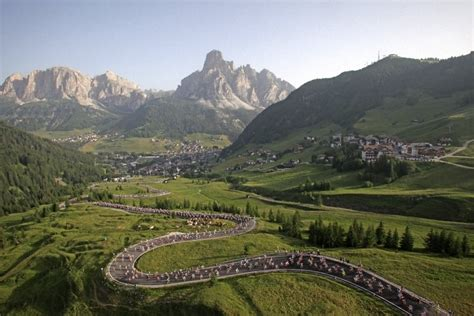 Sella Ronda Motorrad by Sella Ronda Bike Day Residence San Cassiano Badia