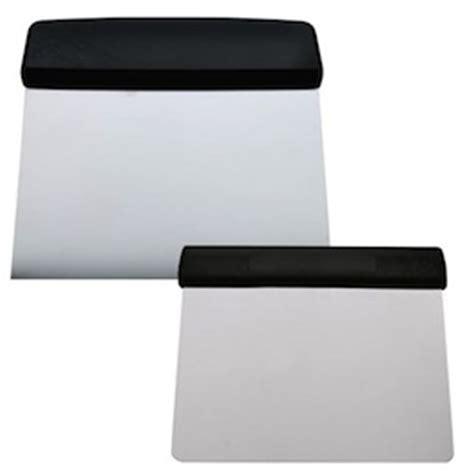 manutenzione tavola snowboard guida manutenzione tavola lamine fondo e sciolinatura