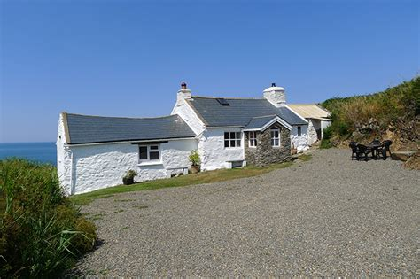 Cottage South Wales by Penrhyn Strumble 2 Cottage In