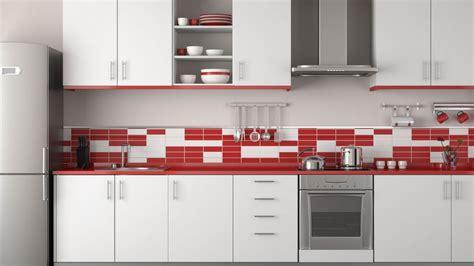 interior design red kitchen backsplash decoraci 243 n de cocinas en color rojo menos es m 225 s