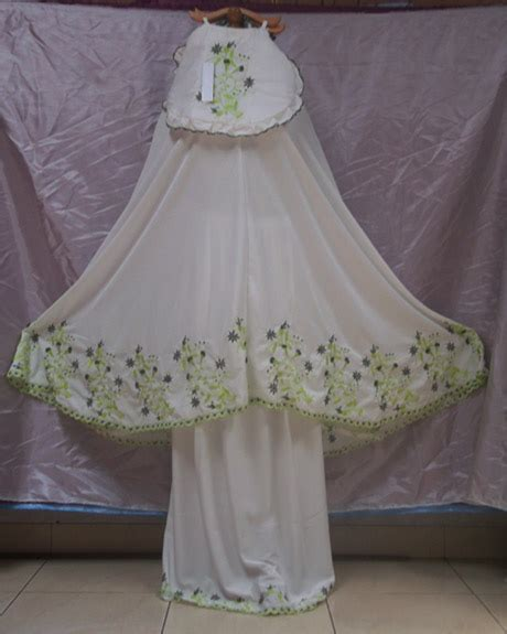 Mukena Bordir Grosir grosir mukena murah dan cantik khas tasikmalaya newhairstylesformen2014