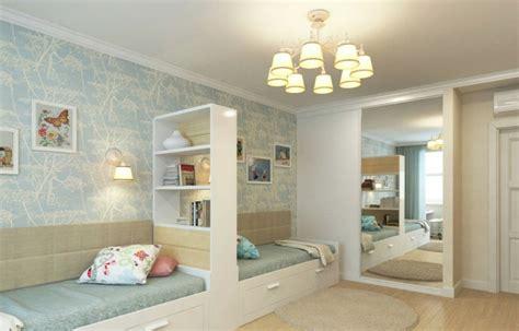 chambre deux lits am 233 nagement chambre deux enfants 25 id 233 es astucieuses