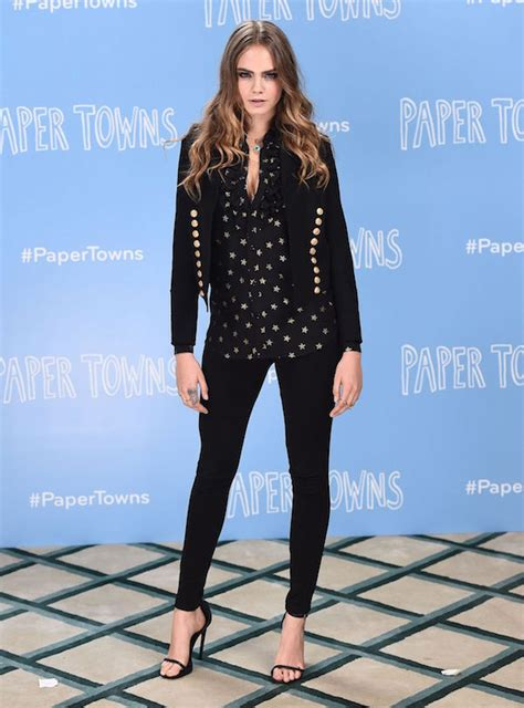 cara delevingne paper towns sydney premiere 23 queen of quirk cara delevingne turns 23 what when wear