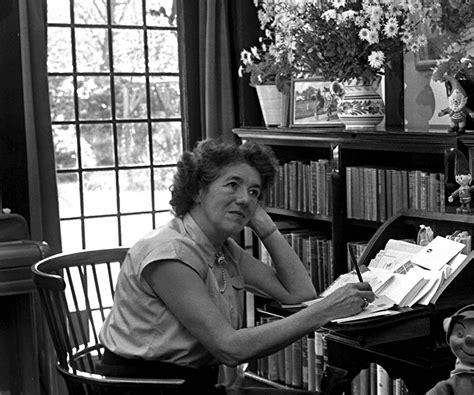 biography of enid blyton enid blyton biography childhood life achievements