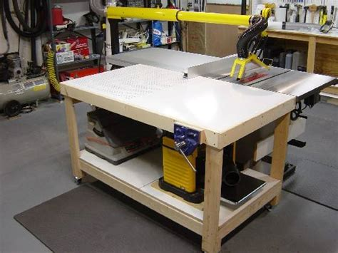 B E S T Dezignito Woodworking Assembly Table Outfeed Table Plans