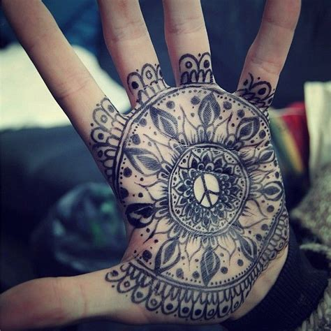 tattoo mandala finger hand mandala tattoo would be awesome tattoos