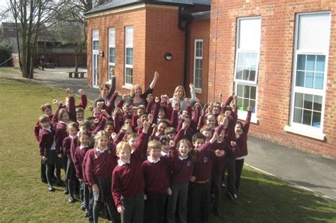 thames christian college ofsted thameside primary school in caversham is good says ofsted
