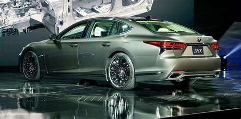 2018 lexus ls500 revealed in detroit with powerful new