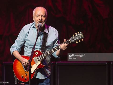 may may singer songwriter starnow frton performs at acl live getty images