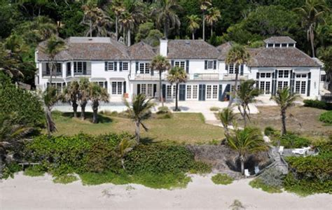 elin nordegren house elin nordegren to build clone of home she bulldozed ny daily news