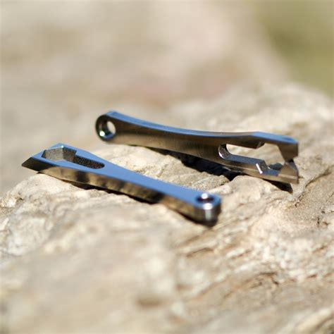 titanium pry bar titanium nano pry bar
