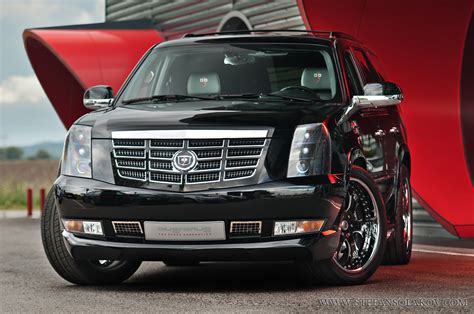 Customized Cadillac Escalade by Custom Cadillac Escalade A Photo On Flickriver