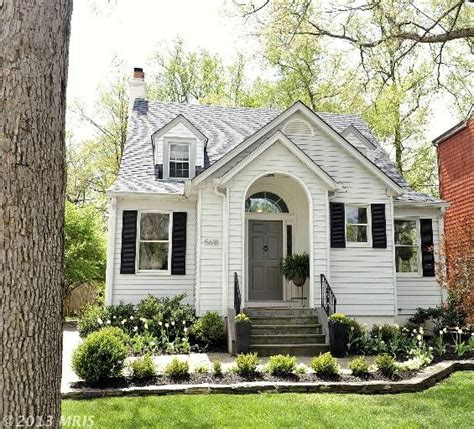 cozy cottage for sale cottage for sale in bethesda md cute landscaping